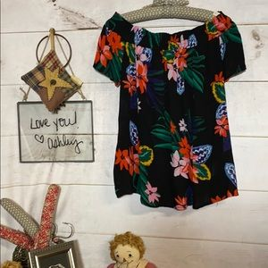 Old Navy; Floral; Bare Shoulder; Pheasant Blouse;M